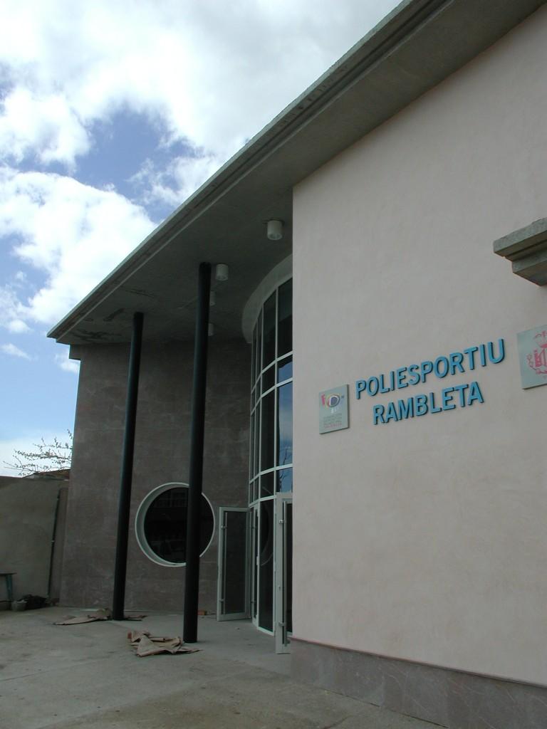 Poliesportiu-Rambleta-Arquimunsuri-6